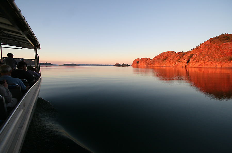 lake-argyle-red-ranges