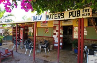 Daly-Waters-Historic-Pub-740
