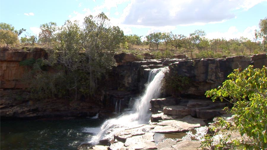 wunnumurra-gorge-waterfall